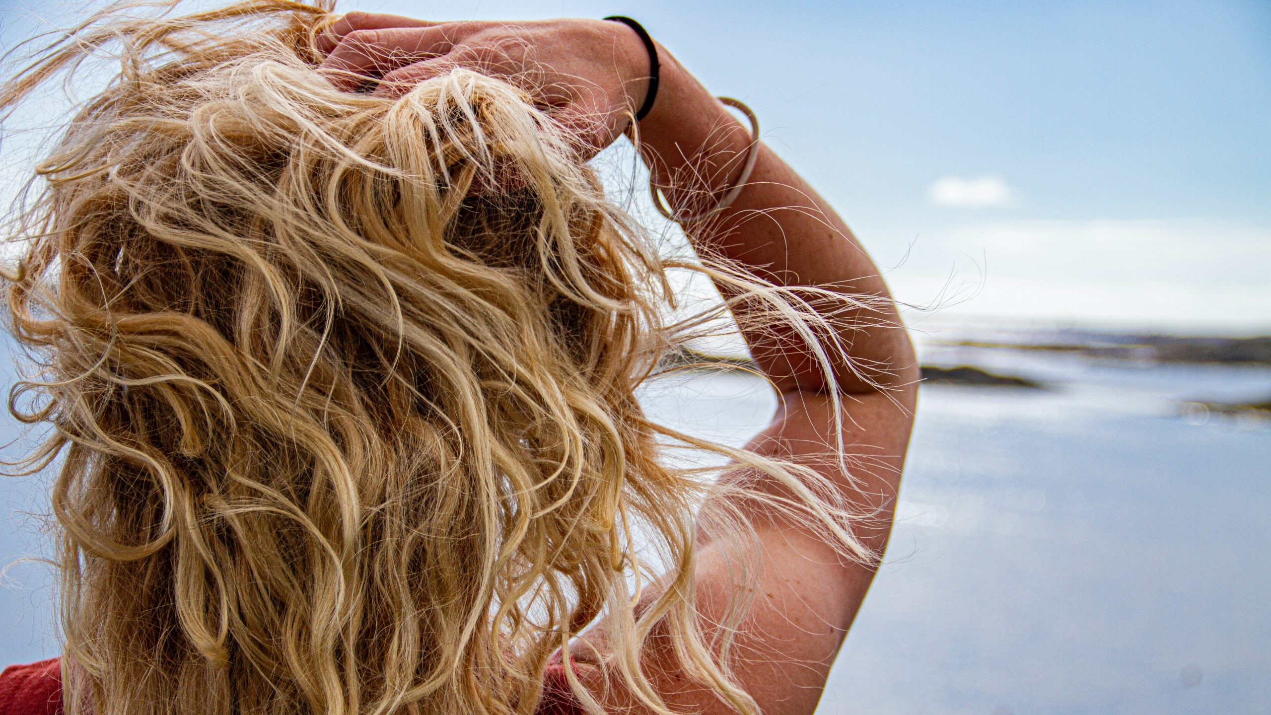 best clip in hair extensions for blondes