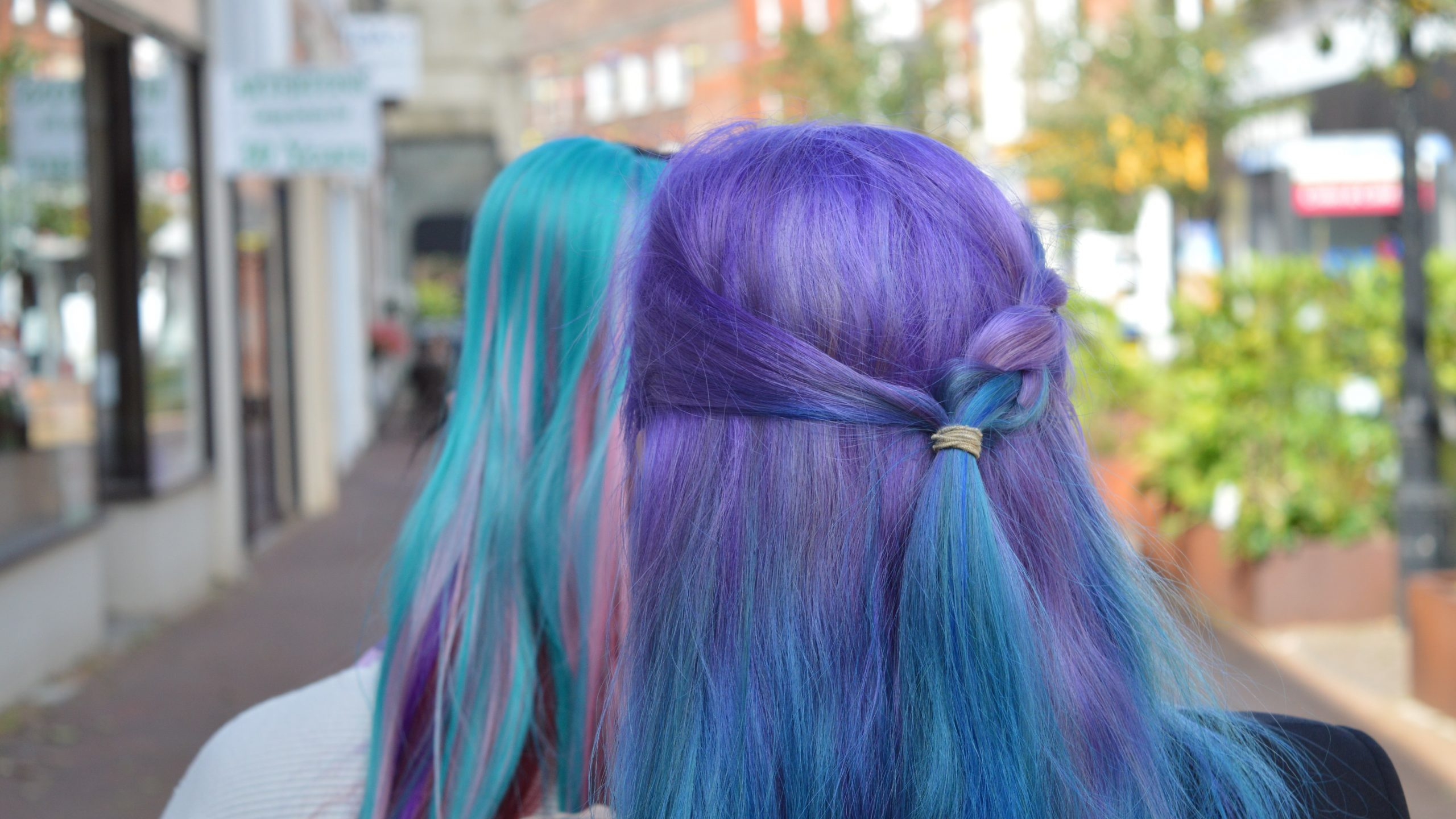 How To Dye Synthetic Hair Extensions