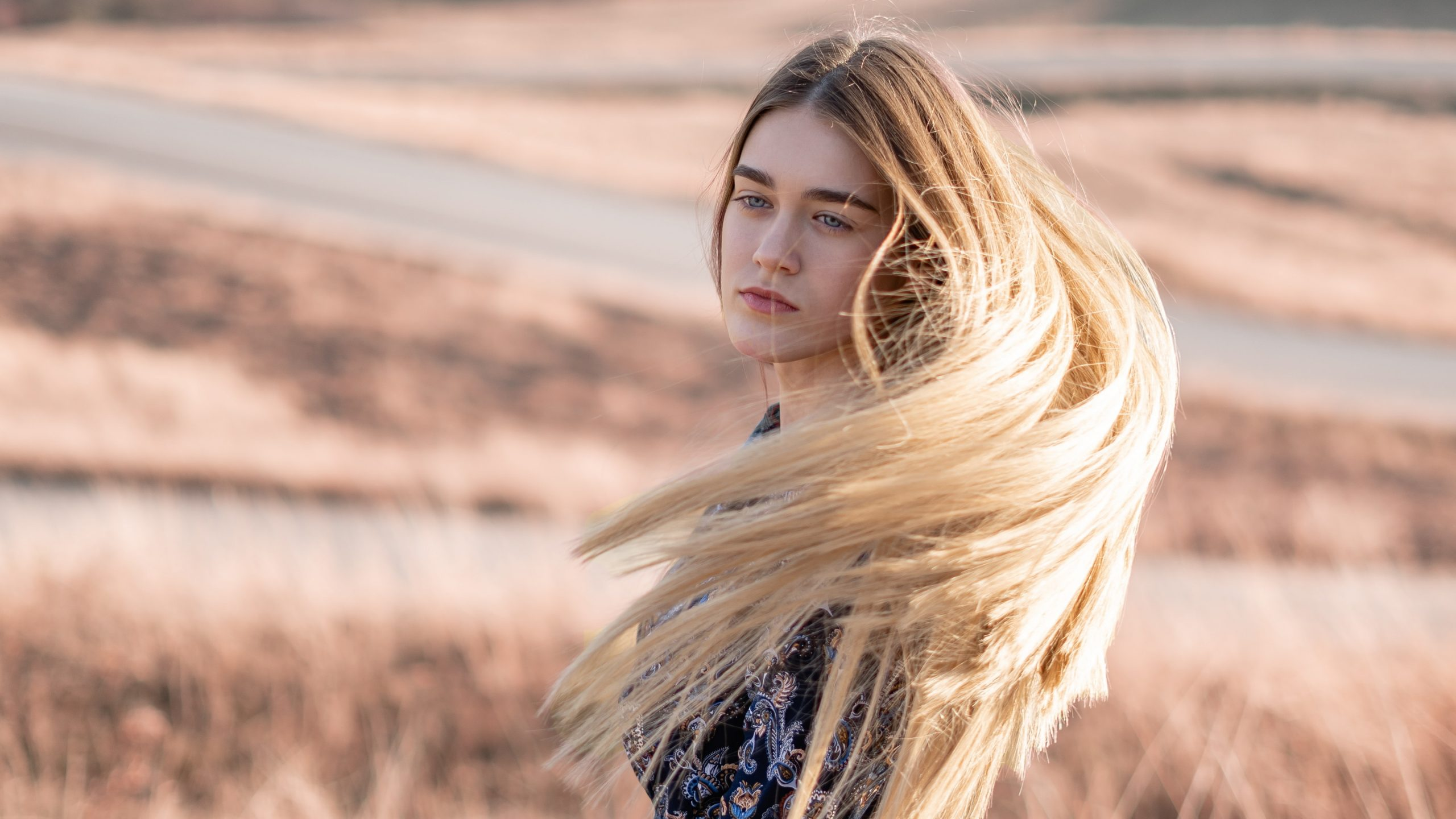 best long blonde wig