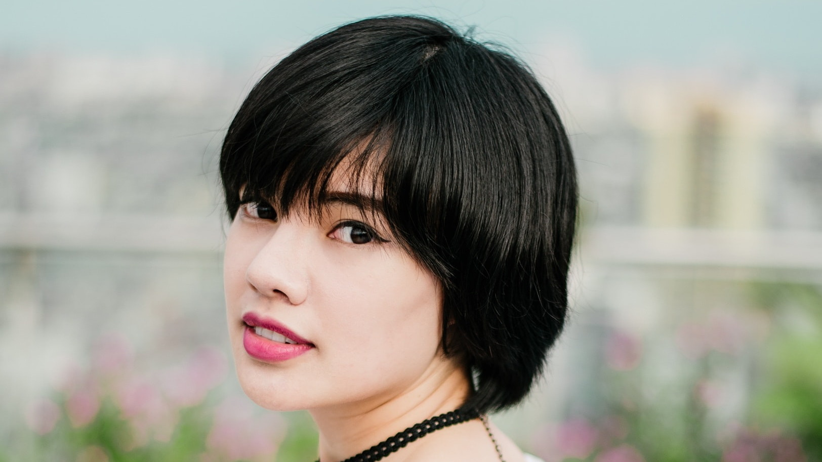 how to hide hair extensions in very short hair